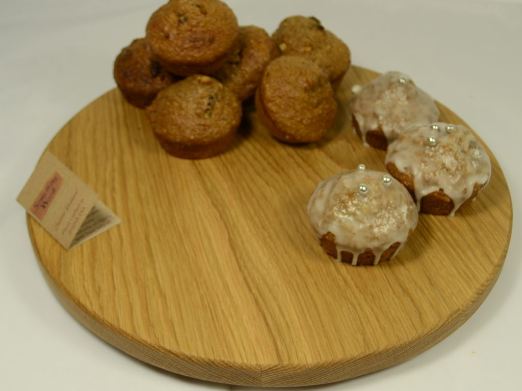 Round Oak Cake / Cookie Board