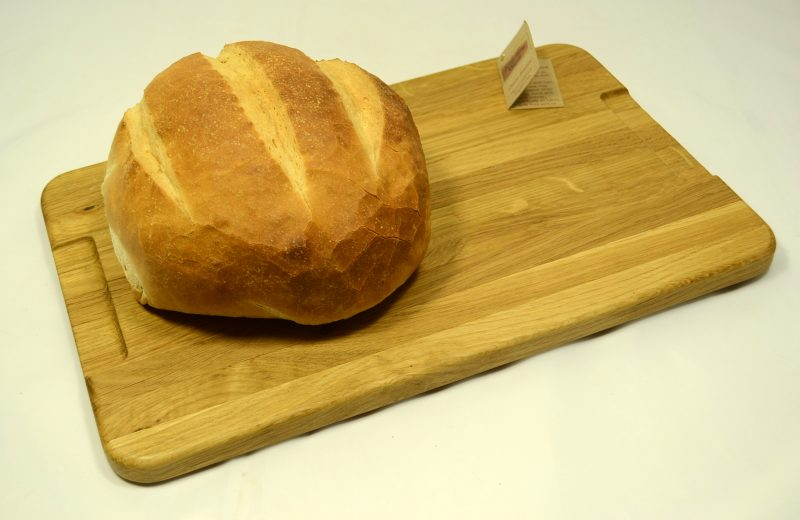 Oak Board 331 with bread