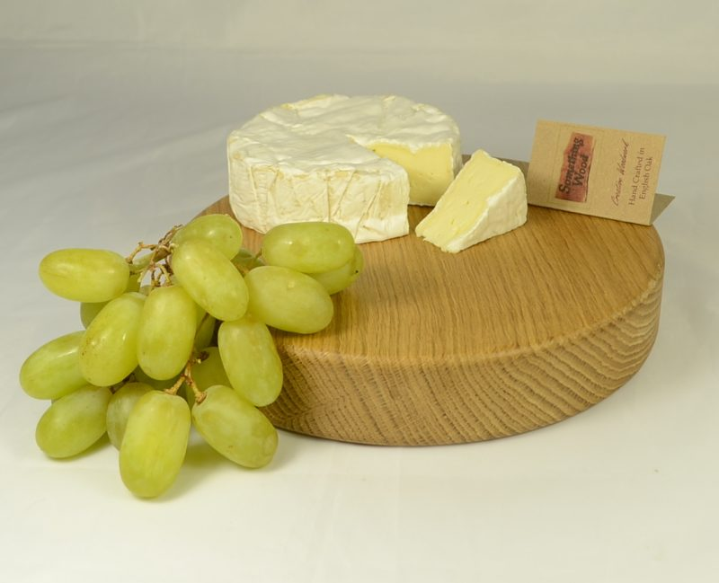 Oak Board 743 with cheese