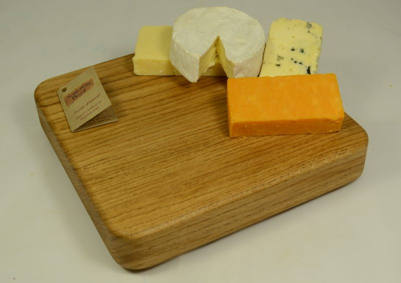 Oak Board 711 with cheese