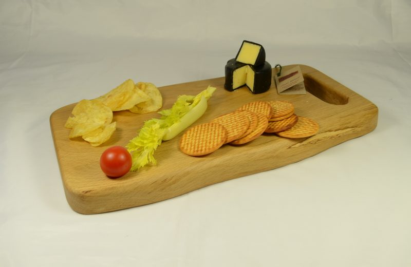 Oak Board 749 with cheese