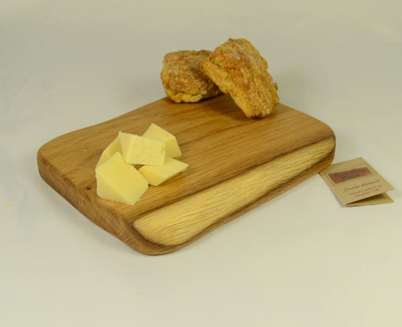 Oak Board 768 with cheese