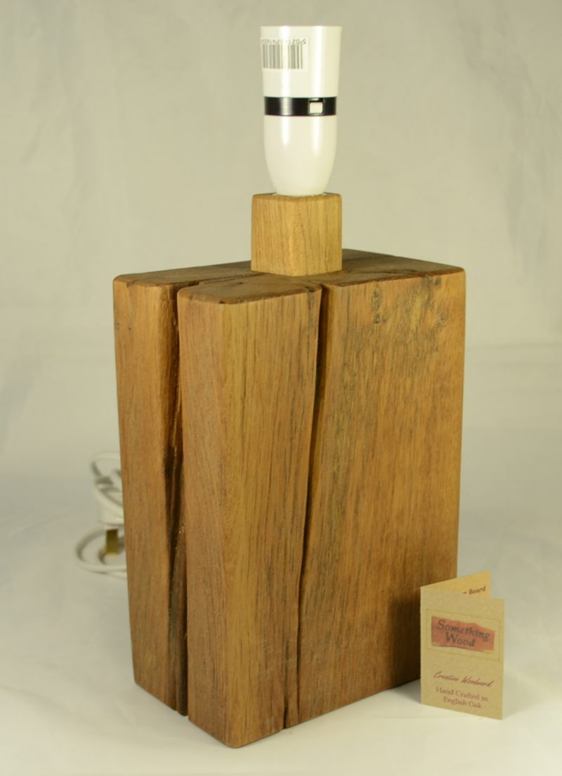 Oak Lamp base 083